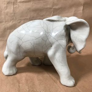 unbranded Accents - Elephant Pottery Figurine White Ceramic Home Decor